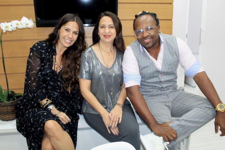 Adriane Galisteu, Dra.Silvia Takakuwa e Claudinho do Negritude Jr