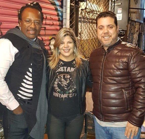 Claudinho - Vocalista do Grupo Negritude Jr, Cantora Paula Mattos e Wander Cavarzan