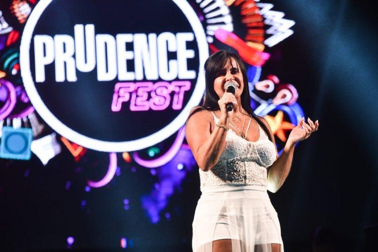 Gretchen, uma das madrinhas da primeira edição do Prudence Fest