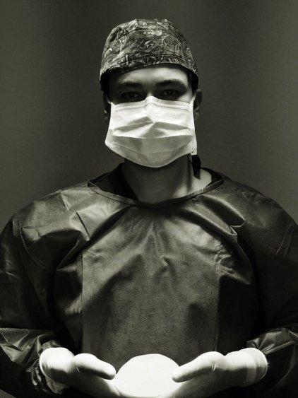 Dr Thiago Marra 03 - Dr. Thiago Marra esclarece dúvidas sobre cirurgia plástica